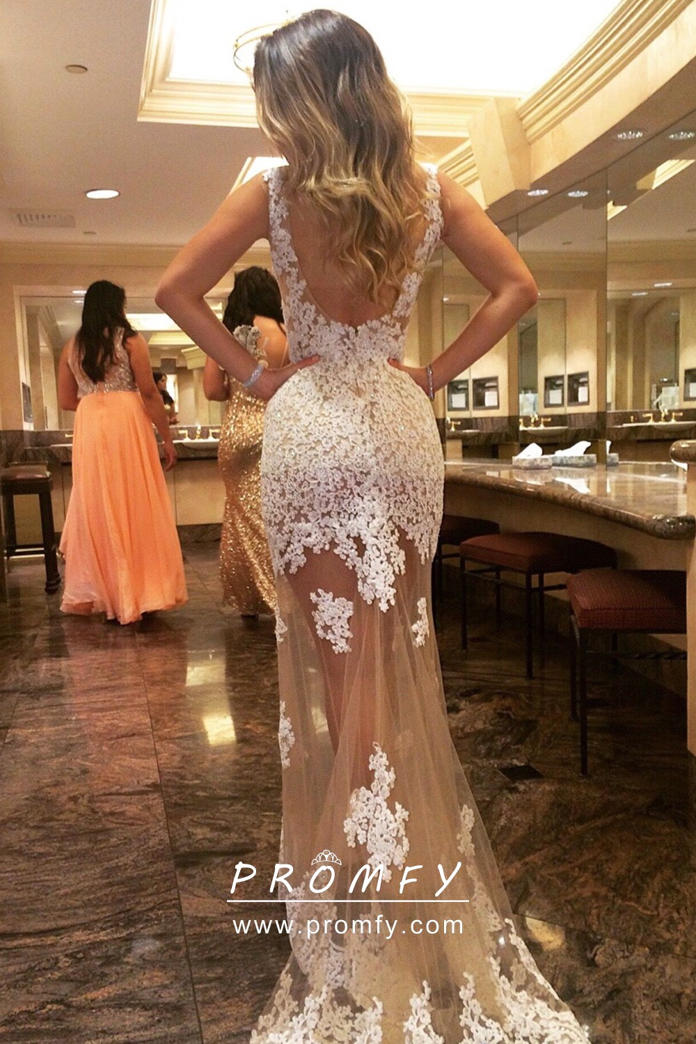 Alluring nude beige white lace long sleeves fishtail