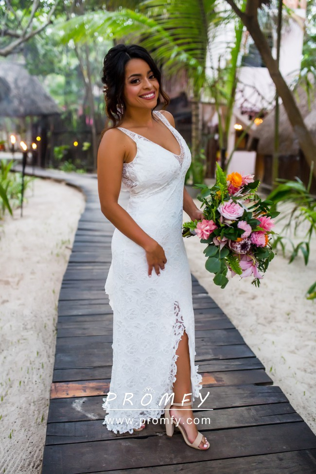 White Lace Body Hugging Split Casual Outdoor Wedding Dress