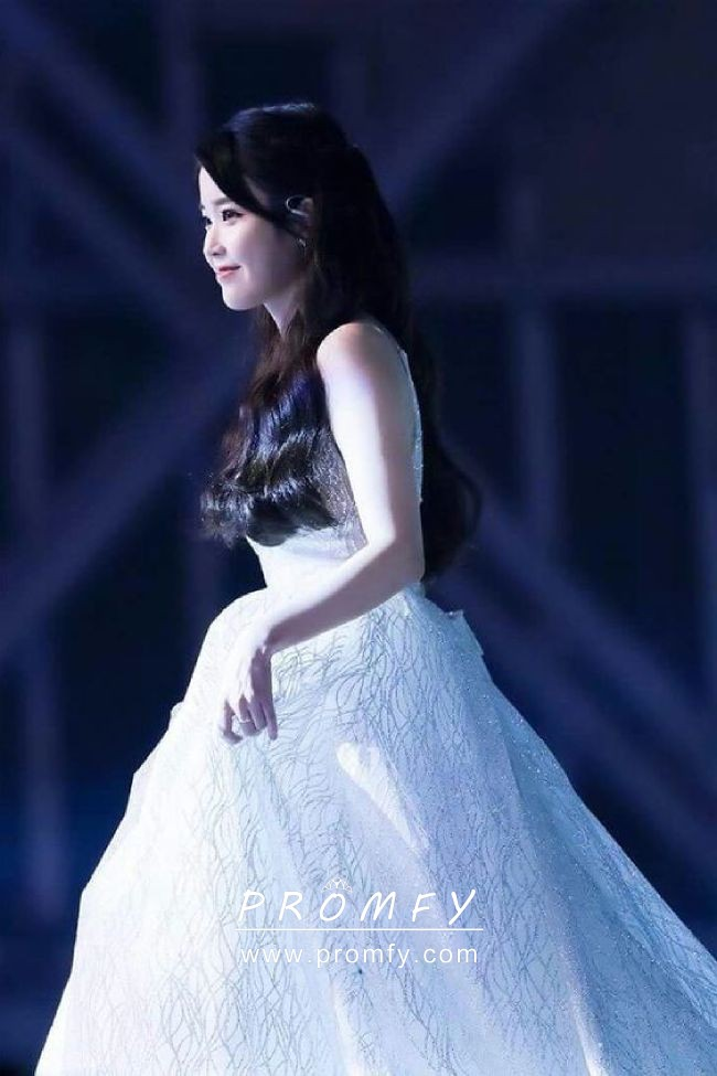 e64309ee8b04 IU sparkly sequinned ball gown wedding dress. IU sequinned celebrity ivory  ball gown
