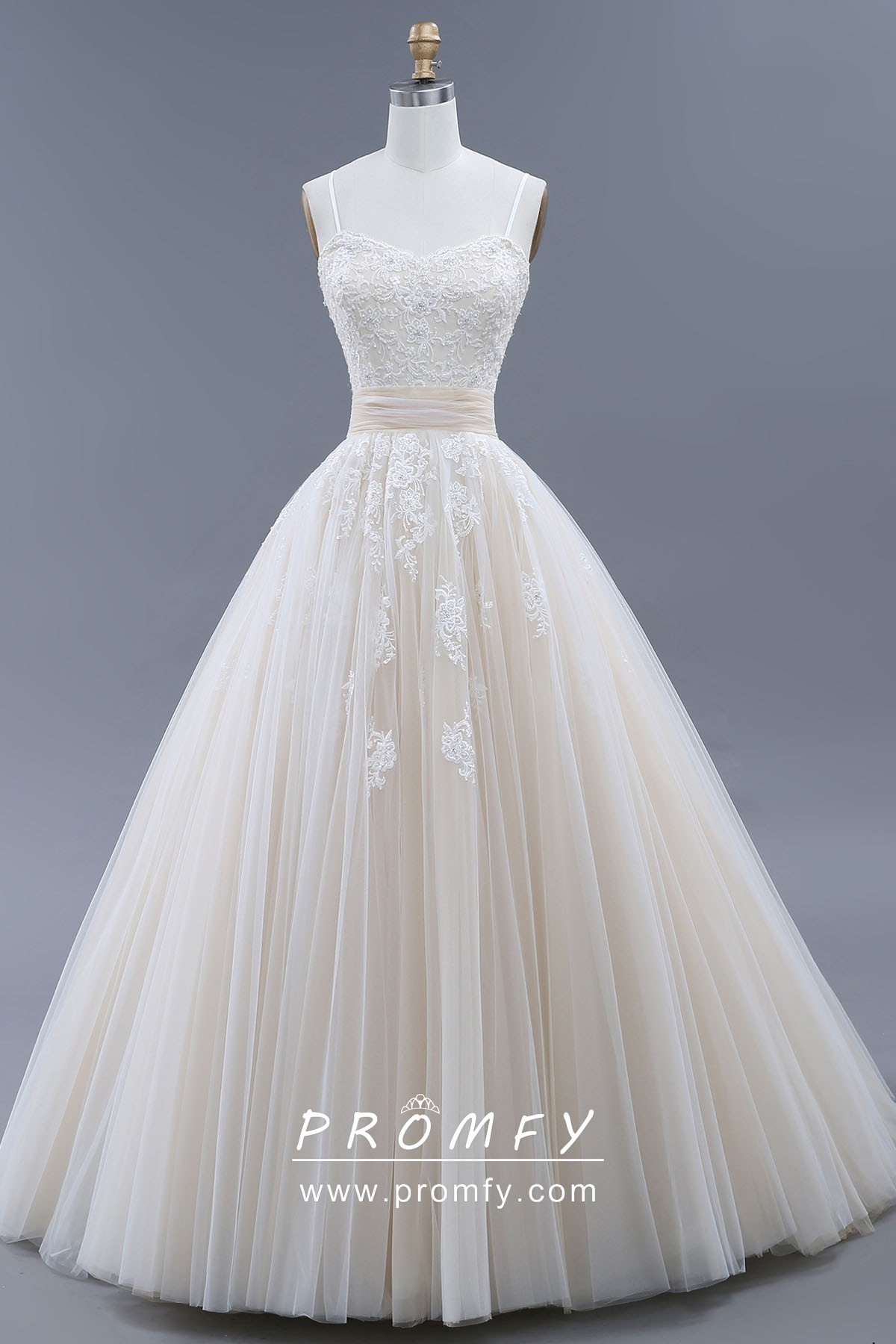 Princess Wedding Ball Gown Cream Lace Tulle Dress