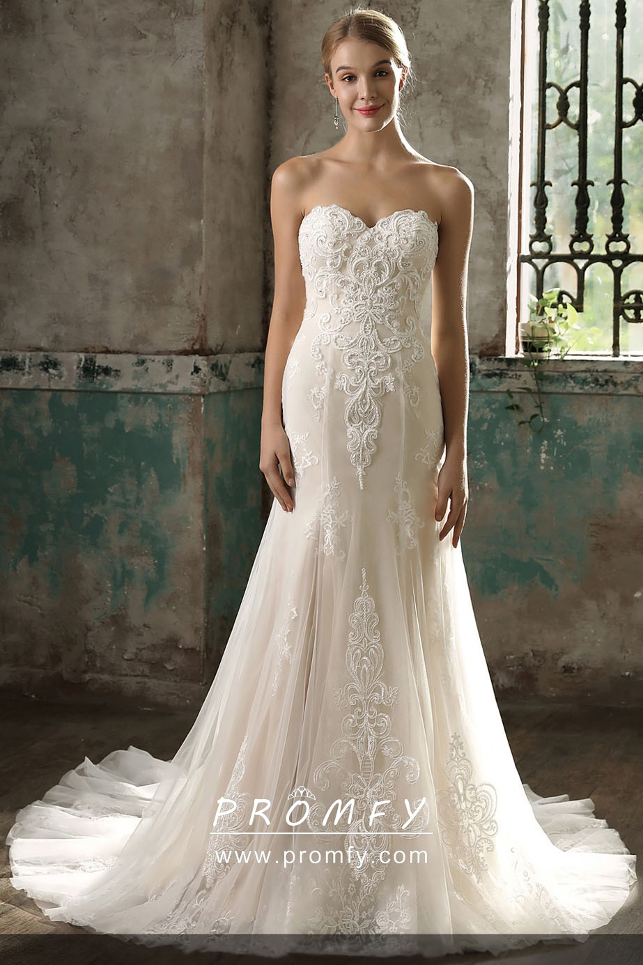 Fabulous Light Champagne Lace And Tulle Modern Wedding Dress