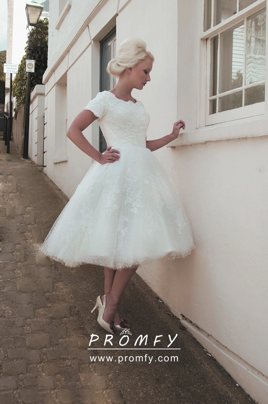 Delicate 1930s Lace Tea Length Fall Wedding Gown